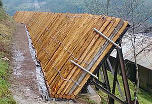落石防護壁緩衝材